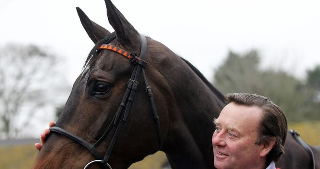Long Run and Nicky Henderson: Ready for the decider