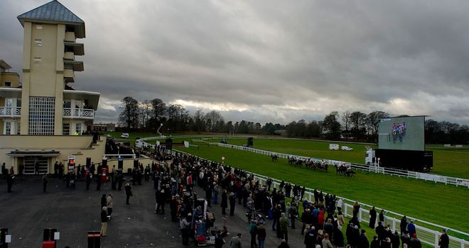 Picturesque Towcester: Rain threatens Thursday card