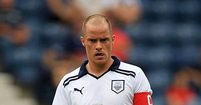 Iain Hume: Not offered new deal by Preston
