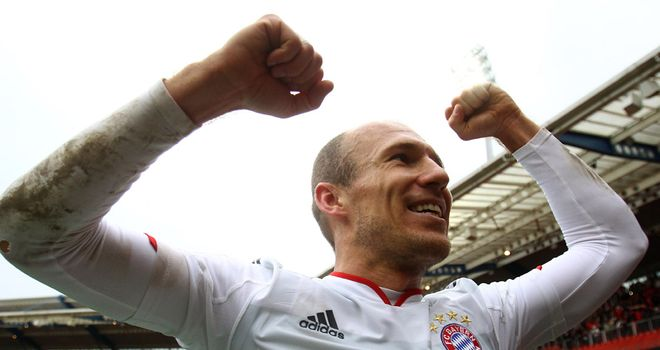 Arjen Robben: Bayern Munich expect the Dutch winger to sign a new contract at the Allianz Arena
