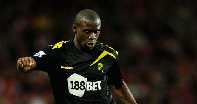 Fabrice Muamba: Messages of support flood in for Bolton midfielder