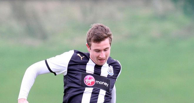 Paul Dummett: Danny Lennon is delighted to have signed the young defender