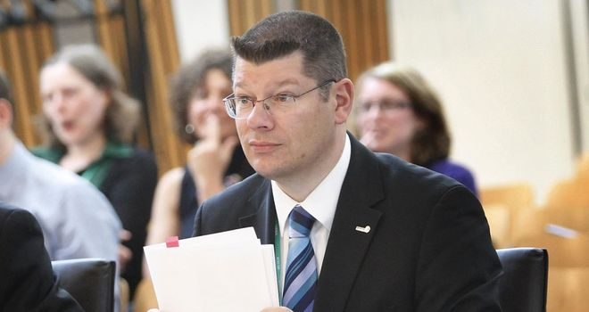 Neil Doncaster: The Scottish Premier League chief executive says clubs will wait to find out Rangers' fate before deciding on a replacement