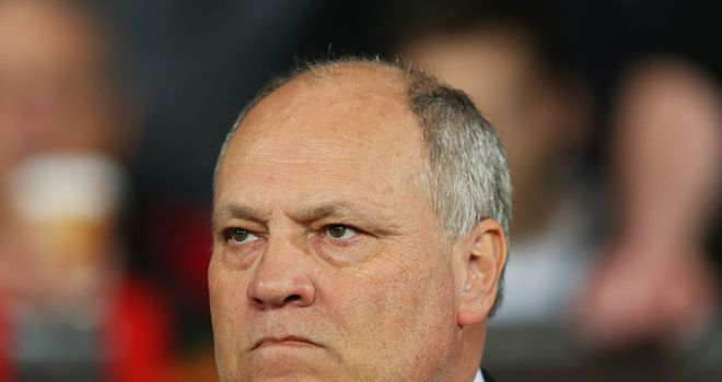 Martin Jol: Wants Fulham to finish the season well