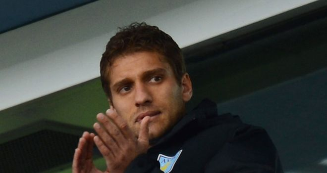 Stiliyan Petrov: Villa captain visited the club's training ground last week