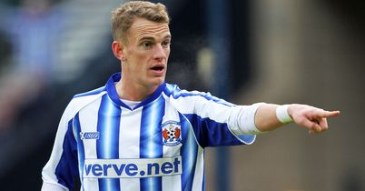 Dean Shiels: Midfielder has signed a four-year deal at Ibrox as Rangers step up recruitment drive