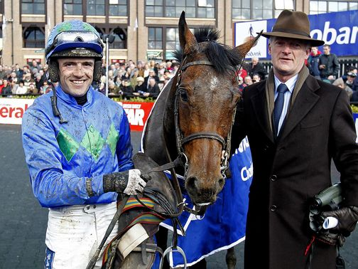 Walsh and &#39;The Fly&#39; with trainer Willie Mullins