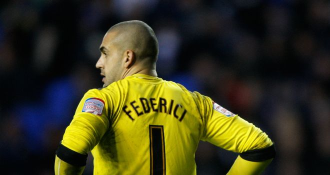 Adam Federici: Staying at Reading until 2015 after signing new deal