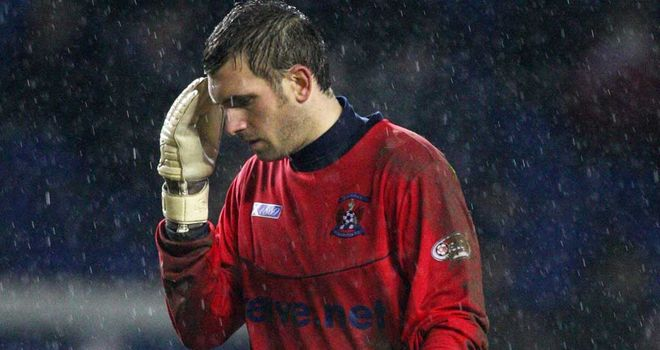 Cammy Bell: New deal would keep goalkeeper at Kilmarnock until 2018