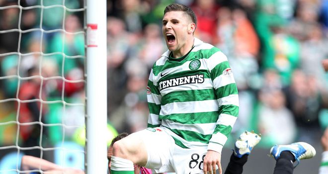 Gary Hooper: Wants to stay at Celtic