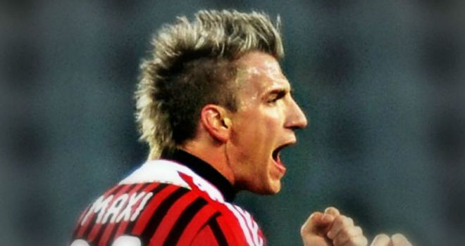 Maxi Lopez: Would like to sign permanently for AC Milan after loan spell