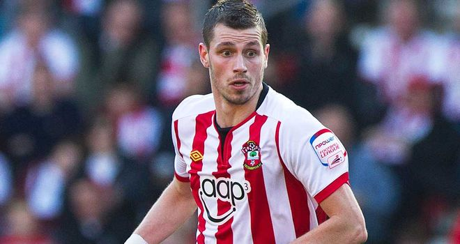 Morgan Schneiderlin is relishing the prospect of pitting his wits against Steven Gerrard
