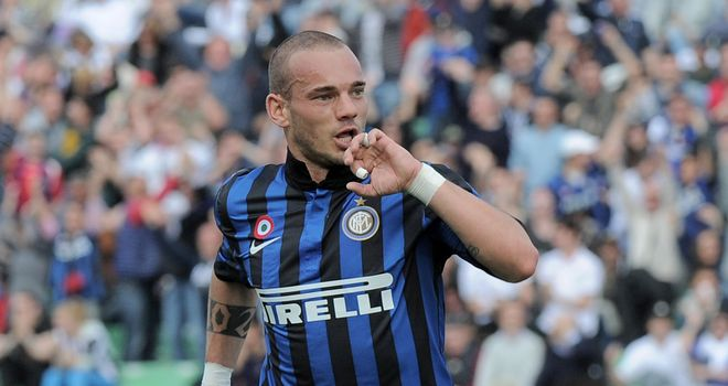 Wesley Sneijder: Dutch master a target for wealthy Anzhi Makhachkala in Russia