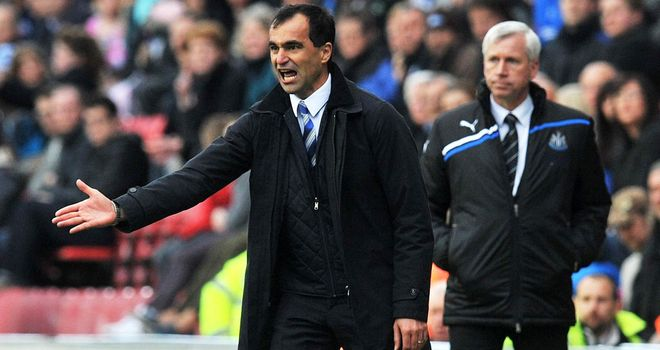 Roberto Martinez: Wants his players to look forward not back as they eye Premier League safety