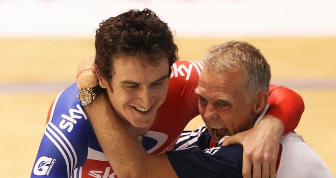 Shane Sutton congratulates Geraint Thomas
