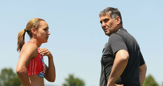 Jessica Ennis will continue to be trained by Toni Minichiello