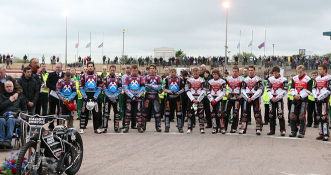 Lakeside Hammers: Tribute to Lee Richardson (Pic Credit TSGPhotos-Rob Newell)