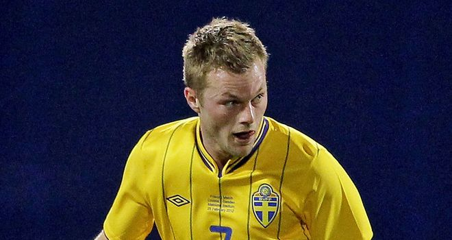 Sebastian Larsson: Hoping England stick with their defensive approach