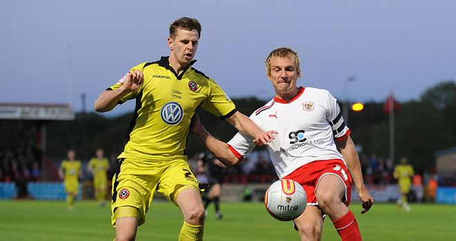 Mark Roberts in action for Stevenage during the play-off clash with Sheffield United