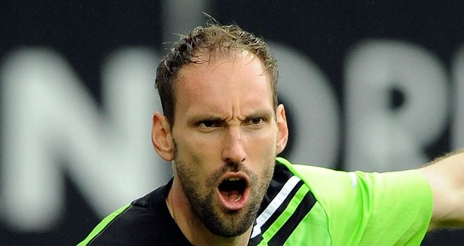 Tom Starke: Goalkeeper has joined Bayern Munich