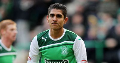 Jorge Claros: Will remain on loan with Hibs until the end of the season