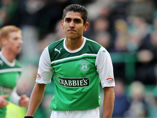Jorge Claros: On loan at Easter Road