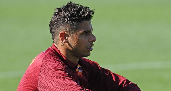 Cicinho: Full-back is leaving Roma to return to Brazil but has ruled out a move back to Sao Paulo
