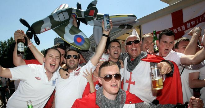 Darren has joined the barmy England army