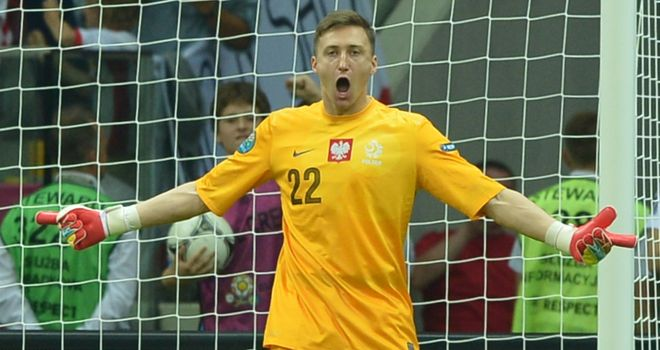Przemyslaw Tyton: Could retain his spot in the Poland side against Czechs