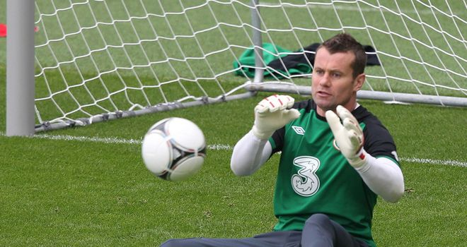 Shay Given: Ireland goalkeeper back in training