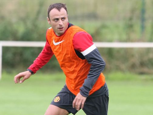 Dimitar Berbatov: Joins Fulham