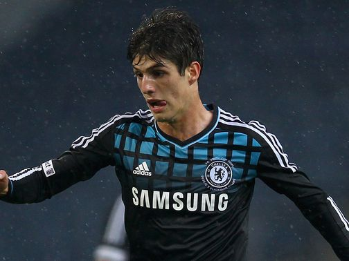 Lucas Piazon: Loan move