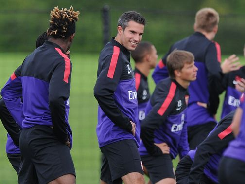 Robin van Persie: Back in Arsenal training