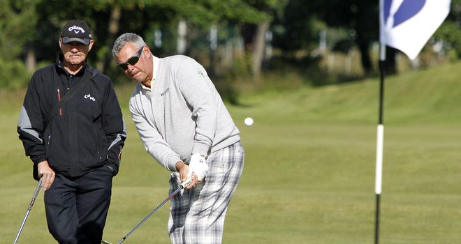 Darren Clarke: The defending champ goes off at 09:09