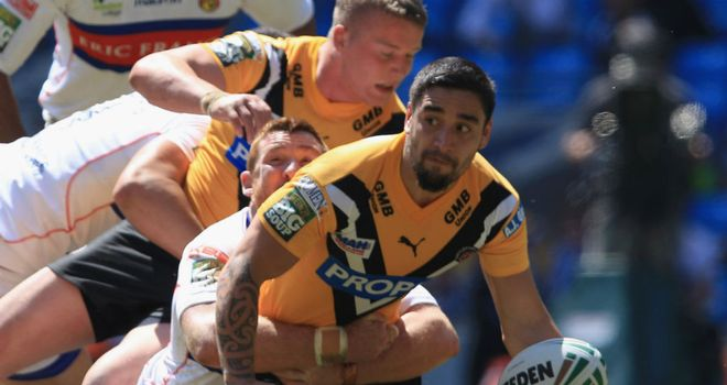 Rangi Chase: Castleford Tigers lift club-imposed ban on England international