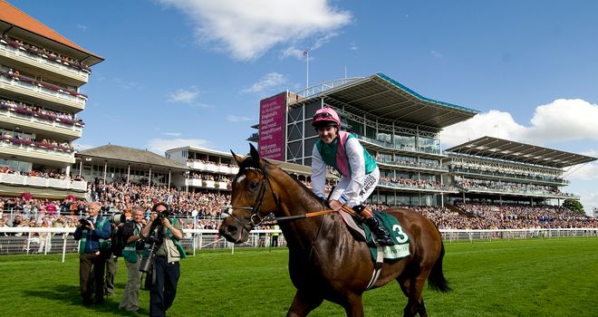 Frankel soaks up the applause after another brilliant display