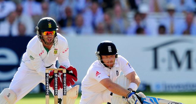 Ian Bell: shared in a fifth wicket stand of 124