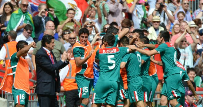 Mexico celebrate as Oribe Peralta stuns Brazil to win gold at Wembley