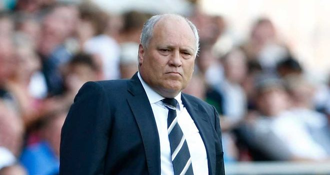 Martin Jol: Unhappy with performance against Everton