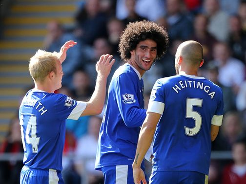 Marouane Fellaini: Knee trouble