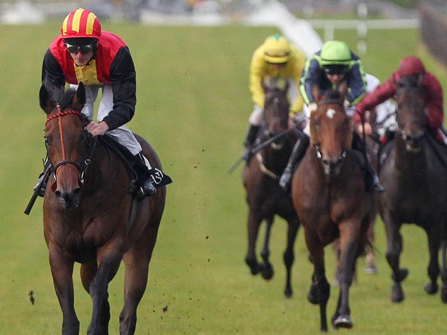 Viztoria (left): Should appreciate slower ground in Park Stakes