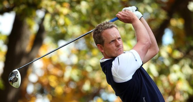 Luke Donald: Still four ahead in Japan