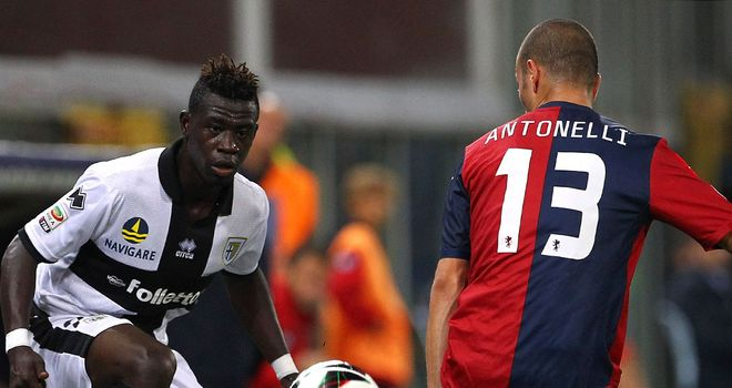 Afriyie Acquah looks to skip past Luca Antonelli