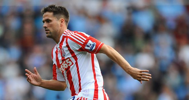 Michael Owen: Stoke striker is 'desperate to get going' after making his debut against Manchester City
