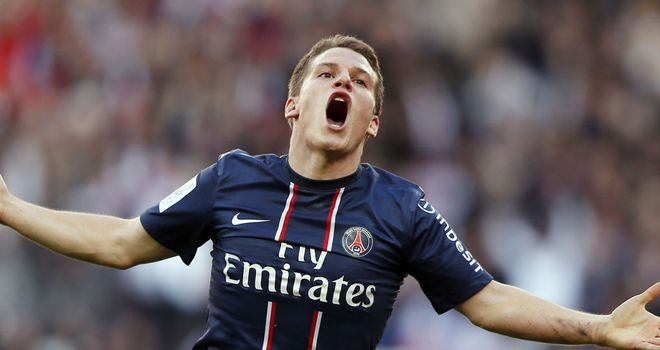 Kevin Gameiro: First-half brace for PSG