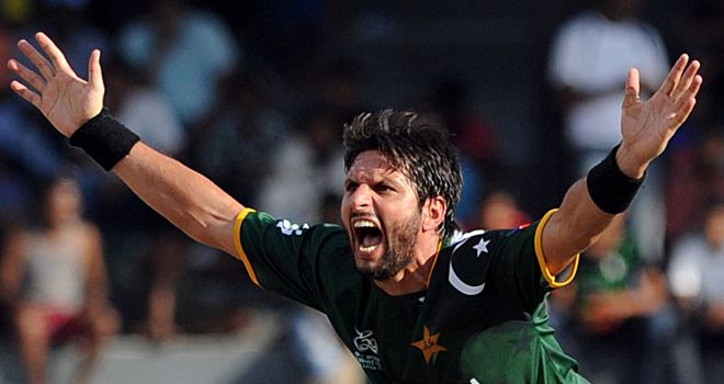 Shahid Afridi: Boosts Hampshire bid