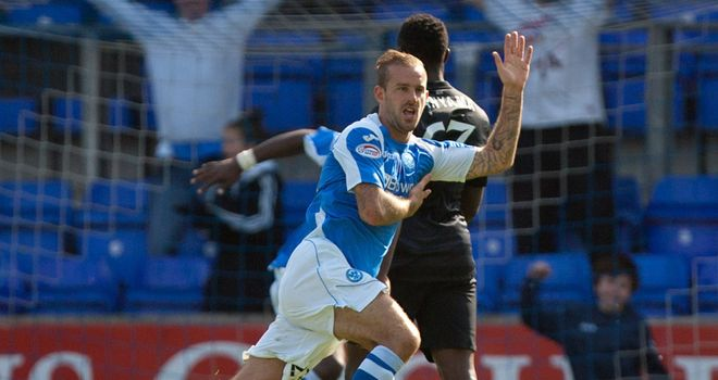 Vine: Scored for St Johnstone