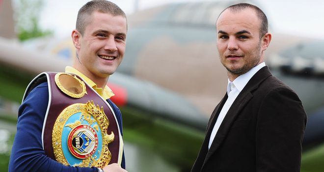 Ricky Burns (L) and Kevin Mitchell: Will do battle for the WBO lightweight title