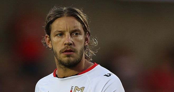 Alan Smith: Not considering a career in management after he retires
