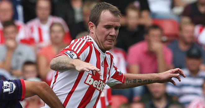 Glenn Whelan: Stoke City midfielder is happy to fight for his place following the arrival of new signings